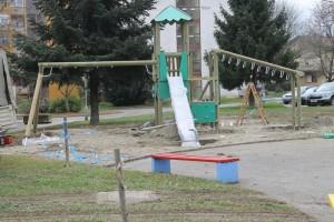 Novo dječje igralište na trgu kralja Zvonimira